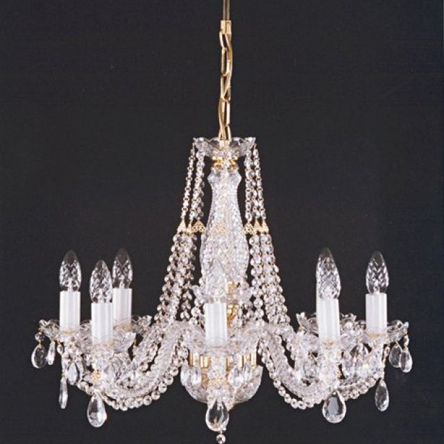 Medium chandelier with crystal chains