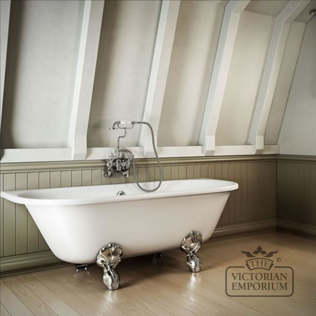 Double ended roll top back to wall bath