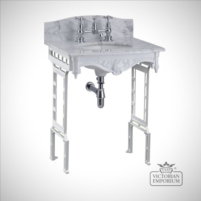 Classic Georgian style marble washstand top with inset basin and washstand
