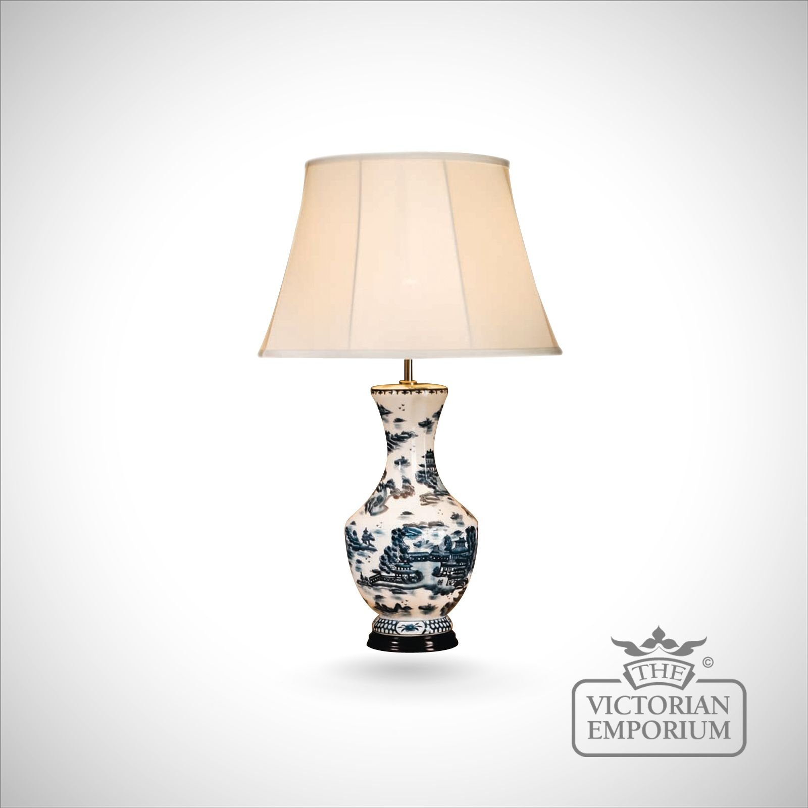 Tall Blue Willow Pattern Lamp