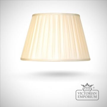 Silk Box Pleat Oyster Lamp Shade - 46cm