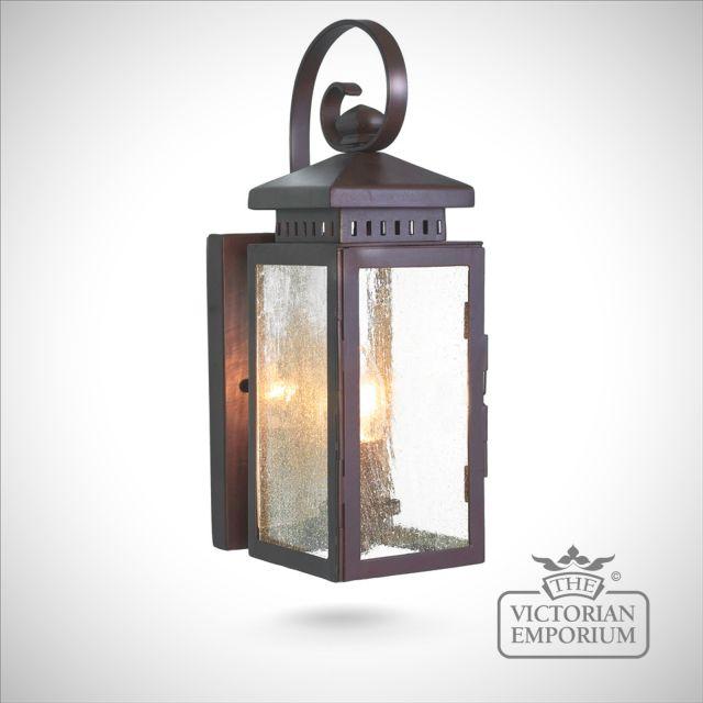 Hythe wall lantern
