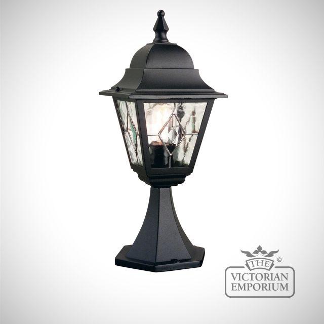 Norfolk pedestal lantern