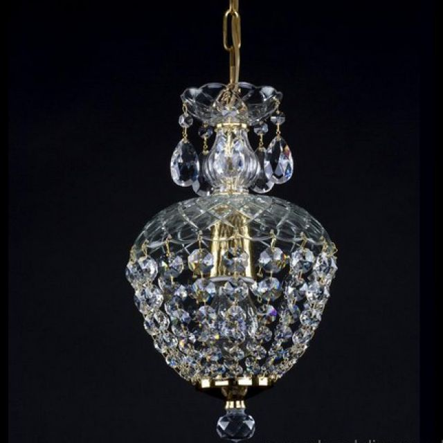 Small pretty basket chandelier