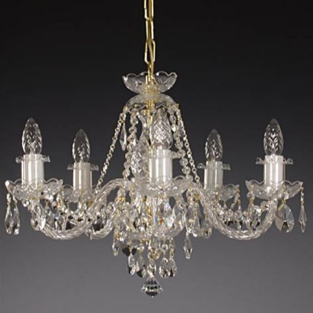 Traditional 5 arm small chandelier