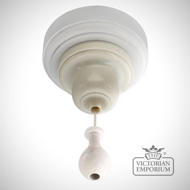 Bakelite pull switch in white