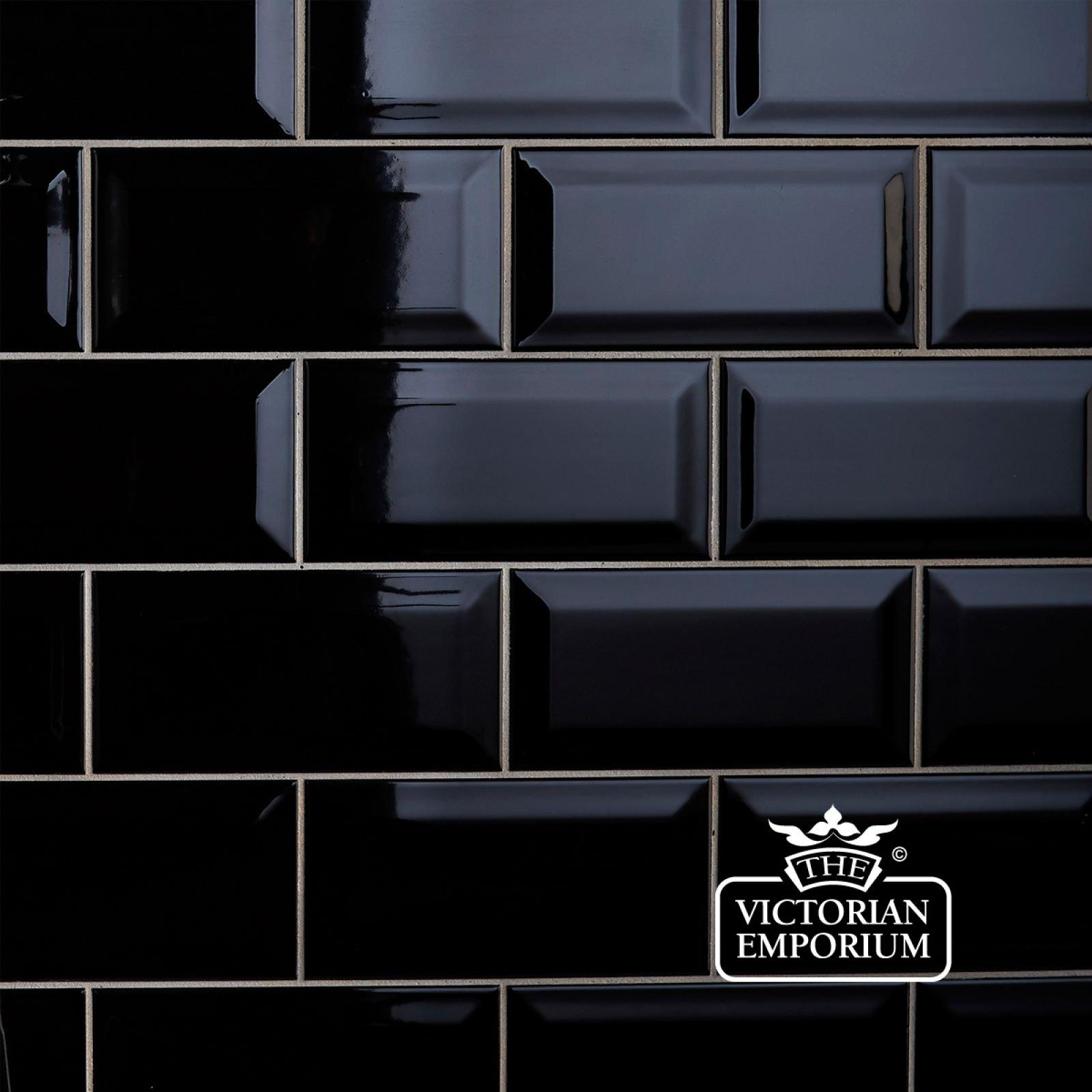 Bevel Wall Tiles 100x200mm Black Plain Tiles