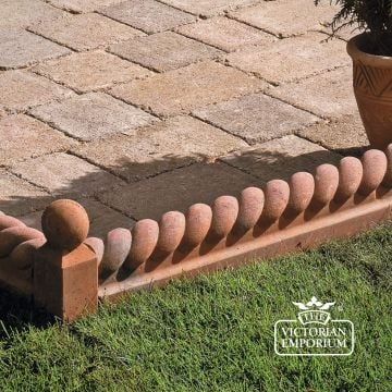 Rope Edging for Tiles and Paths