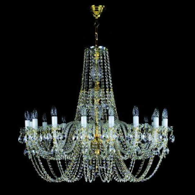 Large traditional 16 arm chandelier