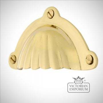 Shell Moon pull handle in a choice of finishes
