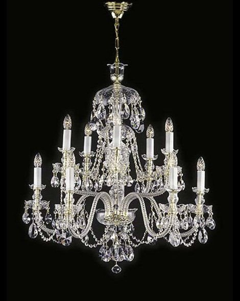 Stunning Traditional Chandelier For High Ceilings