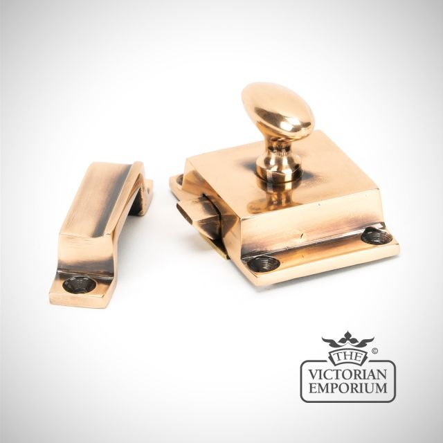 Cabinet Latch in Polished Bronze