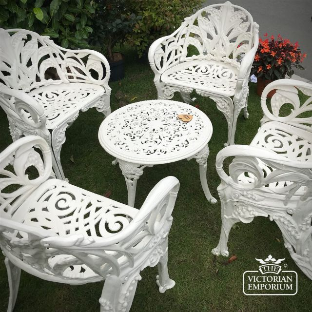 Victorian Cast Outdoor Low Coffee Table