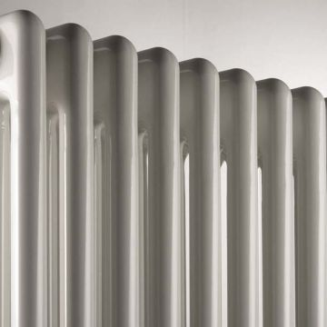 Plain white column radiator 2 columns 602mm high