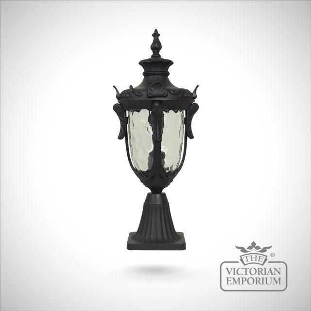 Philadelphia medium pedestal lantern in Black