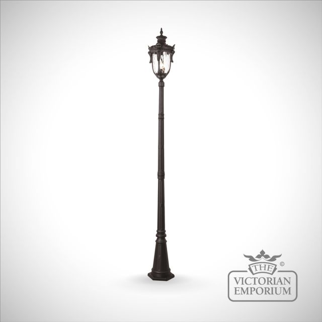 Philadelphia large lamp post with lantern in Black