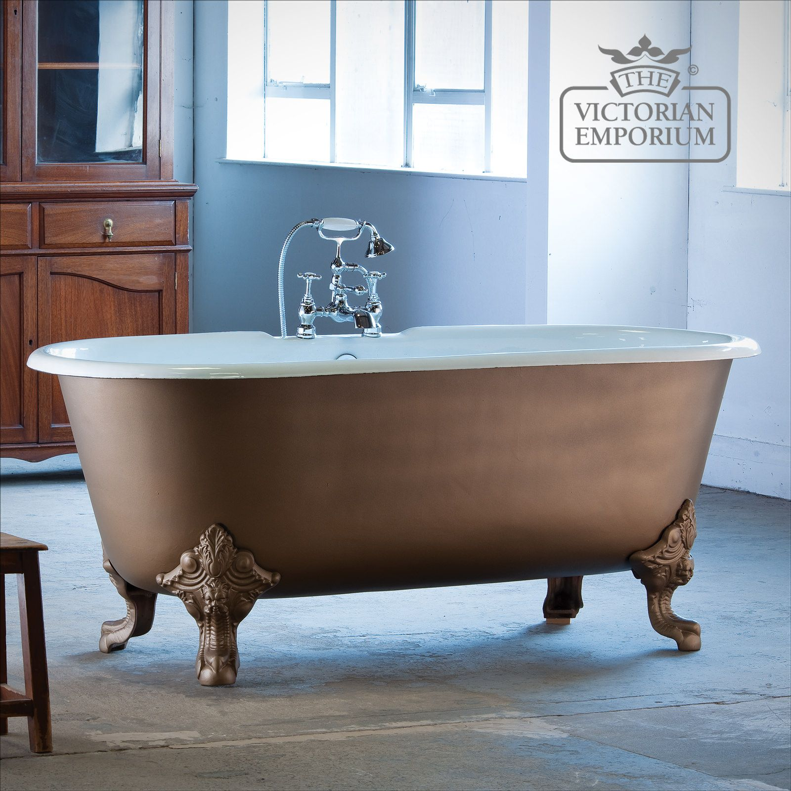 Outstanding Reclaimed Cast Iron Baths Model - Bathroom with Bathtub ...