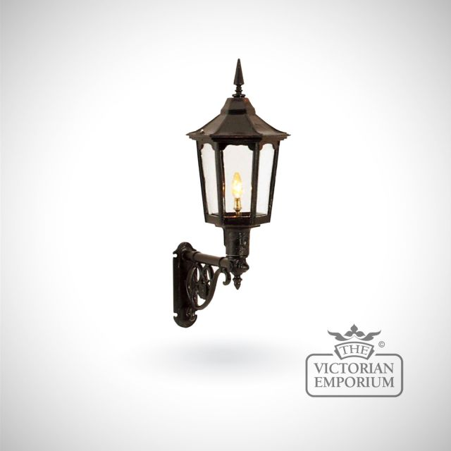 Large cast alloy trent wall lantern with cast bracket