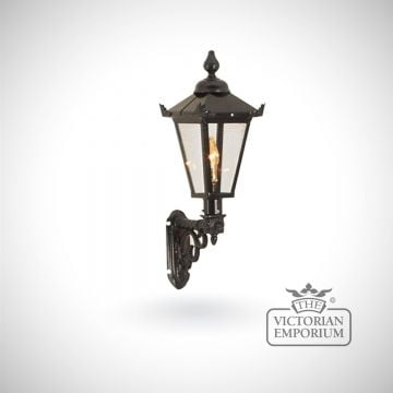 Small square meridien wall lantern with cast bracket