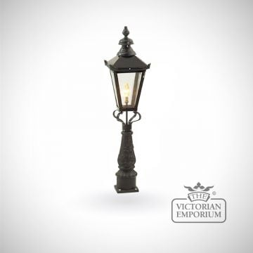 Medium square meridien lantern with Pedestal base