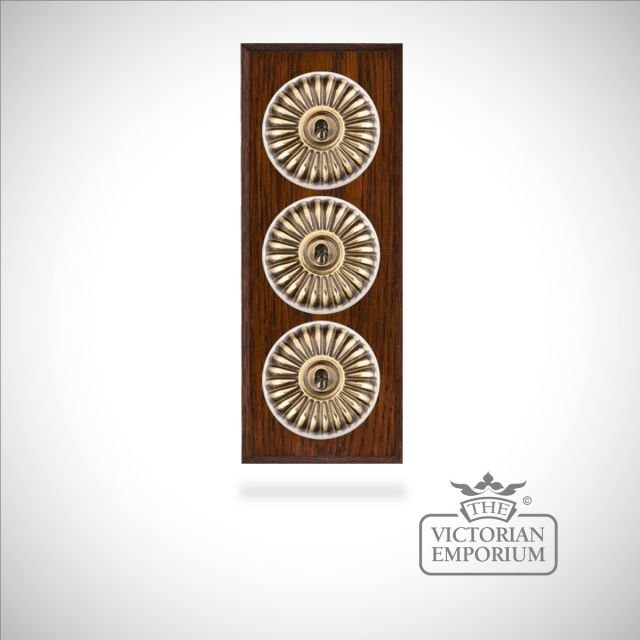 Decorative Fluted Victorian Light Switch - 3 gang