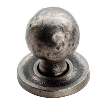 Hammered pattern ball knob on round rose